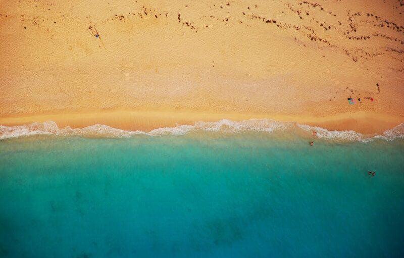 beach, shoreline, aerial view-832346.jpg