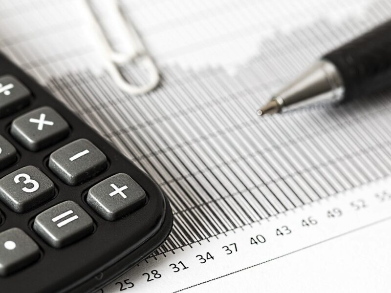 calculator, calculation, insurance-1680905.jpg